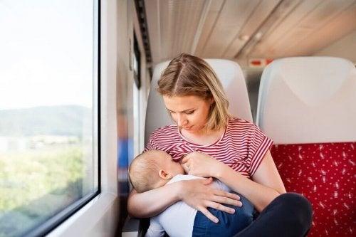 赤ちゃんと旅行をする時の注意事項