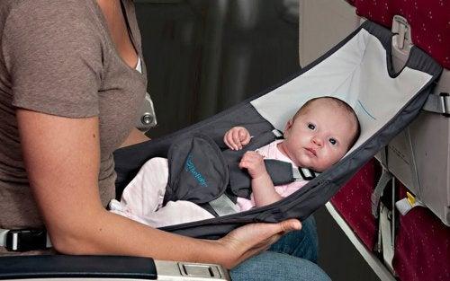 赤ちゃんと出かける