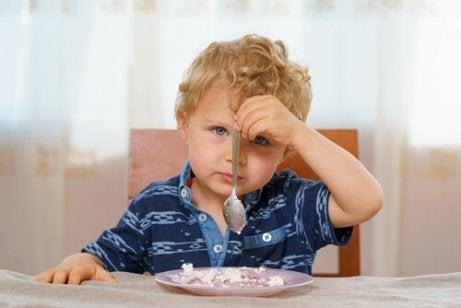 子どもの体重が平均を下回っている:原因や対策は?