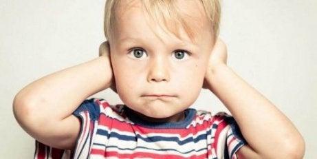 家で怒鳴るのをやめるにはどうすればいいの?