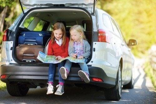 家族旅行中に子どもと一緒に楽しめる遊びベスト8