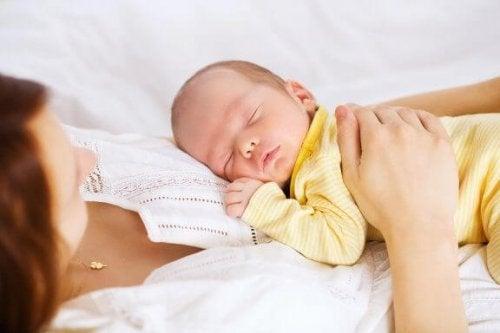 添い寝のための安全ガイドについて見てみよう