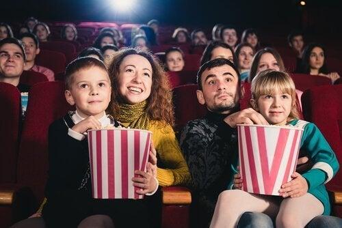 家族と映画 映画 子ども 影響