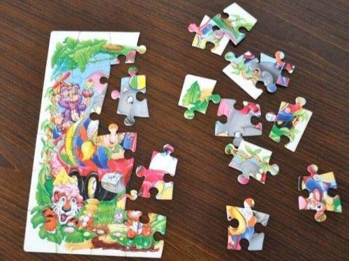 パズル 物語 重要性 童話 学習