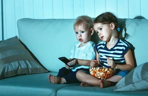 子どもはどうして同じ映画を何度も観たがるのだろう