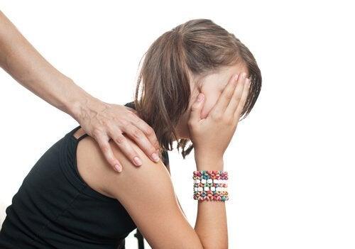 思春期における自尊心にまつわる課題6つ 思春期 自尊心 課題