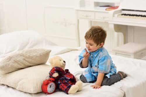 ぬいぐるみに愛着を持ち過ぎる赤ちゃん:メリットとデメリット