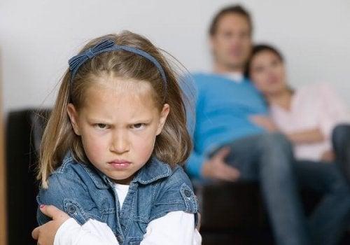 子どもが親を無視するとき 子ども   親  無礼な態度   無視