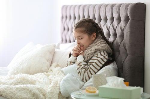 子どもの咳 子ども   呼吸器感染症