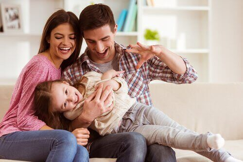 幸せな家族 パートナー  合意   子育て