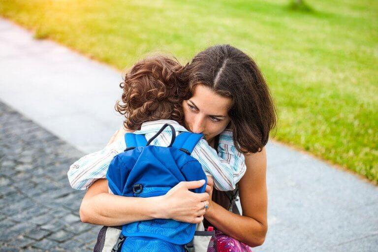 過保護な子育てに潜むものとは:あなたの知らない8つの危険性