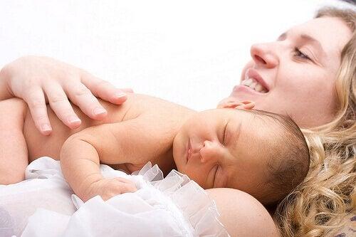 最近出産したばかりの女性へのギフト 出産 女性   ギフト