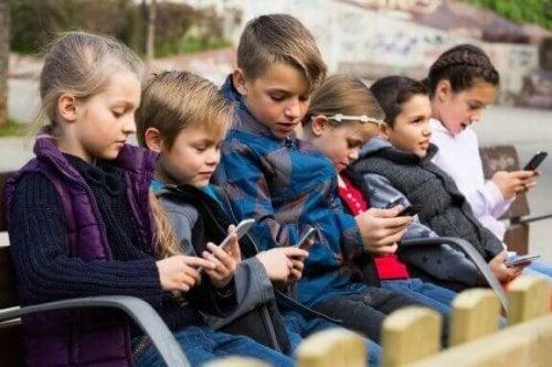 子どものテクノロジー疾患について知っておくこと
