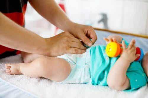 赤ちゃんのオムツはいつ替えたらいいの?:オムツの替え時
