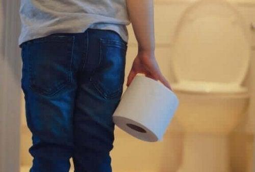 子どもがトイレに行くのを怖がるときはどうすればいい?
