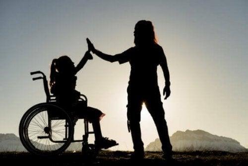 障害を抱える兄弟姉妹を持つこと:同じ家族としてできることは?