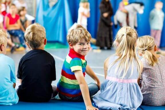 演劇と感情のコントロール 演劇  感情 コントロール 子ども