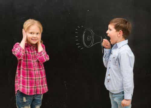 子どもが叫んでばかり!親として何ができるだろう?