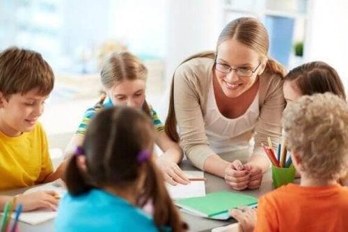 教師を尊敬しない子ども達:教師が直面する問題点とは?