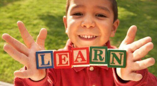 言葉の教育 OPOL  バイリンガル 子ども