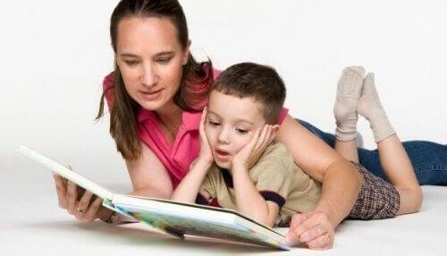 読書 OPOL  バイリンガル 子ども