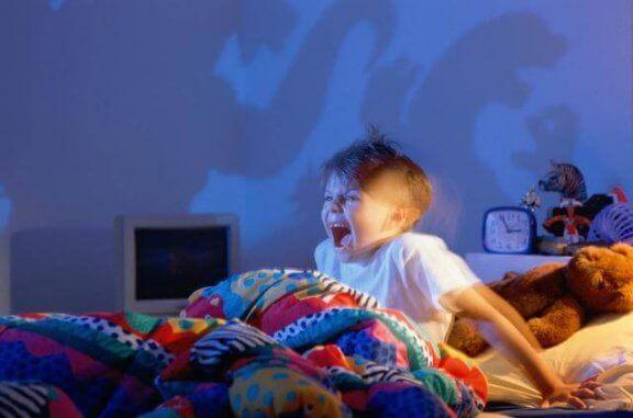 子ども 悪夢