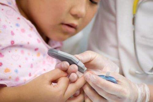 小児糖尿病 :その兆候を見逃さないために