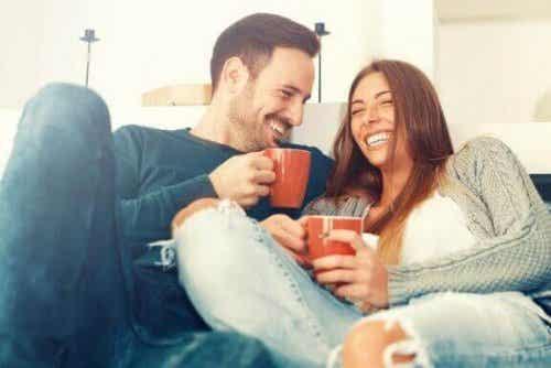 科学的に立証された長続きするカップルのタイプとは?
