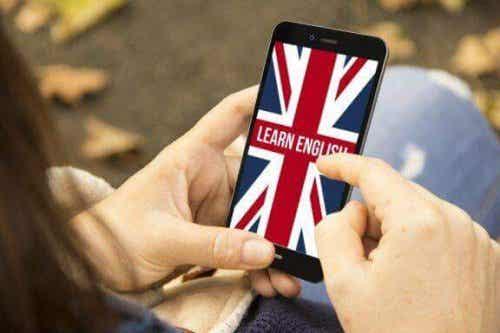 楽しく英語を学びませんか?8つのお勧めアプリ