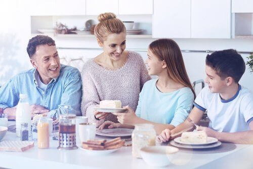 幸せな家族 家族 愛情