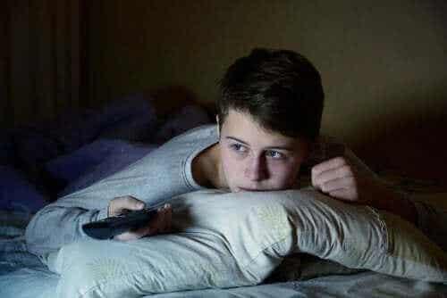 青年期の子供が十分な睡眠を取らないとどうなるのか