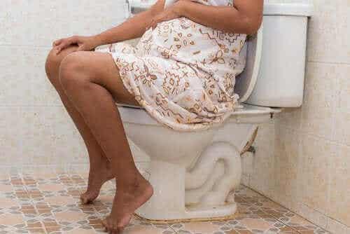 妊娠中に便秘になるのはなぜ?:妊娠中の便秘の影響