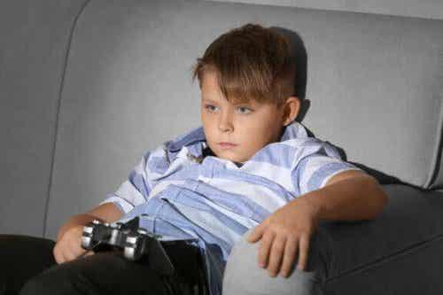 子どもに座ってばかりのライフスタイルをさせないために