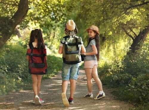 キャンプに行く子供の為に:荷造りのヒントをご紹介!