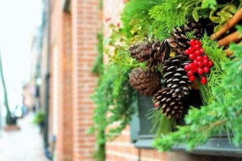 クリスマスに向けたお庭の飾りつけアイデア6選!