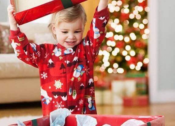 子ども部屋 クリスマス デコレーション