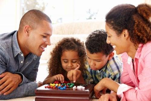 コロナウイルスによる自宅待機中の子どもと一緒にできること