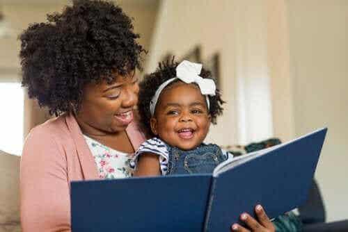 子どもに読書を教えるためのベストな方法を見てみよう!