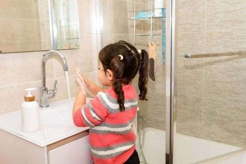 コロナウイルス:子どもへの危険性について知っておこう