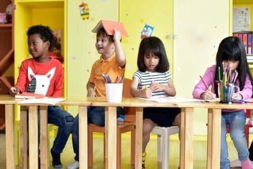 情報通信技術 ICT 幼稚園