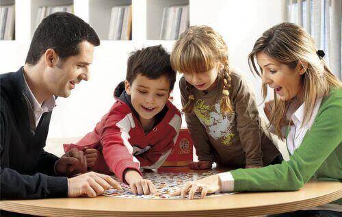 外出規制 カードゲーム ボードゲーム