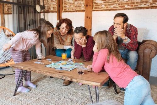 家族 の法的基盤:法律的に見る家族の意味