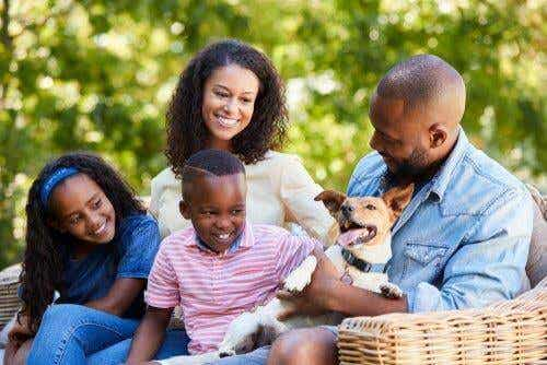 【家族に関する法律の基礎】法律的に見る家族の意味とは?