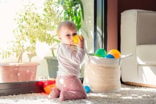 【 トレジャーバスケット 】楽しい赤ちゃんの遊び