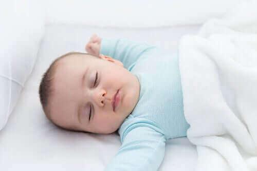 乳幼児突然死症候群 (SIDS)を防止する方法