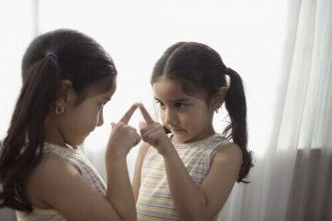 ポジティブな ボディ・イメージ を子どもに伝える