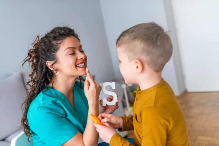 【子どもの為のスピーチ改善】発音を直すためにできること