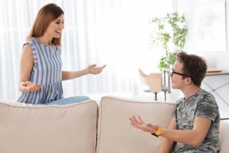 思春期 会話 質問攻め