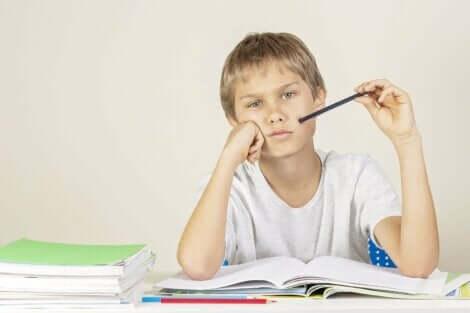 【勉強のサポート】子どもの 成績 が悪いときどうするべき?
