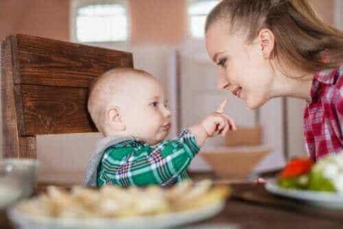 【原始反射】赤ちゃんの反射の種類や消える時期が知りたい!